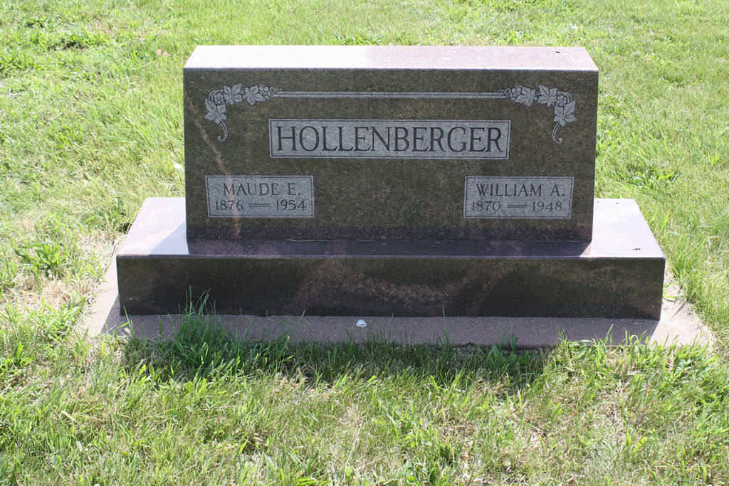 William A. Hollenberger Grave Photo