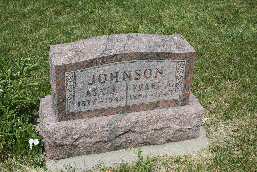 Pearl A Johnson Grave Photo