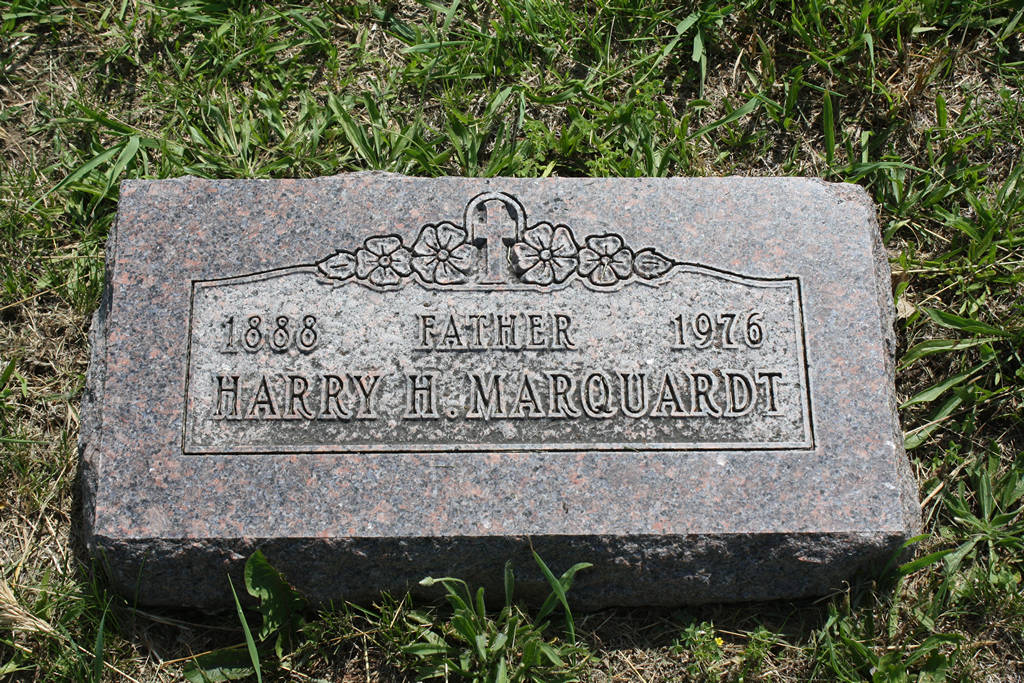 Harry H. Marquardt Grave Photo