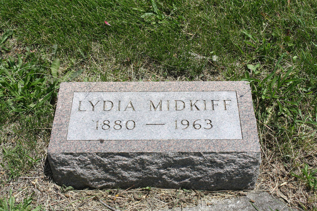 Lydia Midkiff Grave Photo
